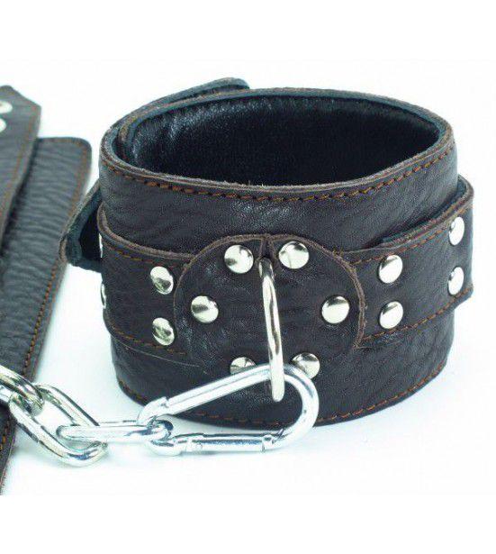 Кожаные наручники на металлической цепочке